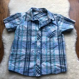 H&M boys short sleeve blue plaid button down 6-7yr